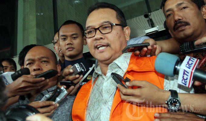 Ditahan KPK, Rusli Zainal Minta Didoakan