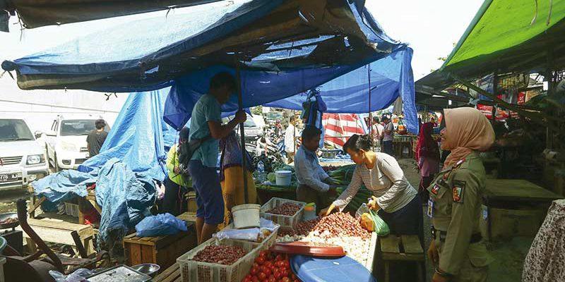 Sulit Menertibkan Pasar pagi Arengka