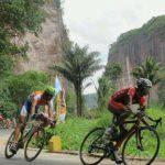 Tour de Singkarak: Tebar Pesona Sumbar dengan Wisata Sepeda