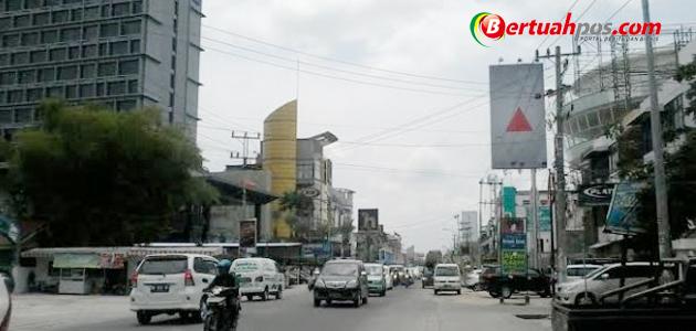 Hadirnya Hotel dan Pusat Belanja, Jalan Riau Berpotensi Macet Total