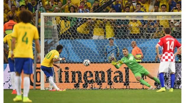 Brazil taklukkan Kroasia 3-1 di laga pembuka