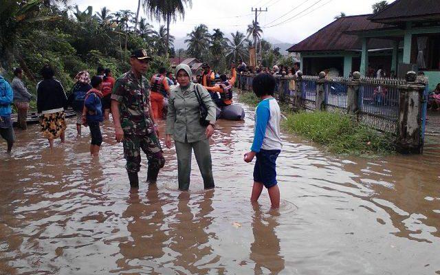 Akses Transportasi Sumbar-Riau Mulai Pulih