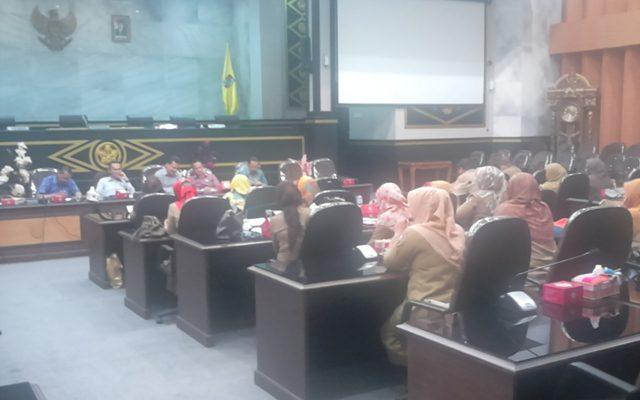 Komisi III Gelar Rapat Tertutup Dengan 8 Kepala Puskesmas