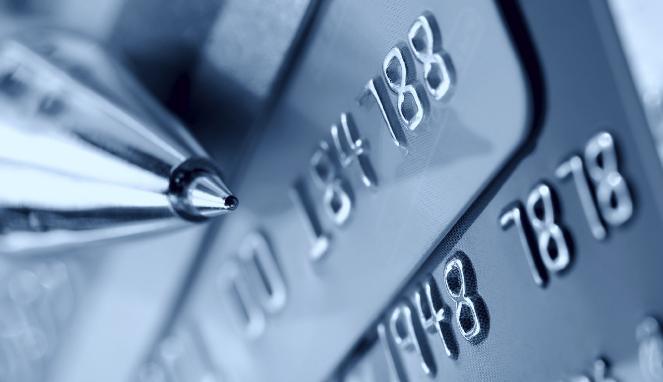 Utang Kartu Kredit Anda Menumpuk, Ini 3 Langkah Mengatasinya