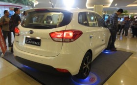 Kia All New Carens Siap Saingi Innova