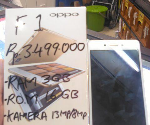 Laris Manis Penjualan Oppo F1 di Pekanbaru