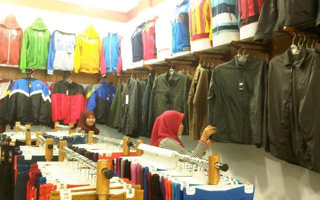 Jaket Fashion Mulai Harga Rp 75 Ribu