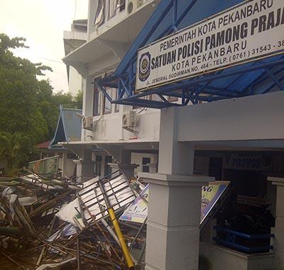 Barang Sitaan Baliho Satpol PP Pekanbaru akan Dilelang