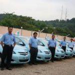 100 Persen Armada Blue Bird Pekanbaru, Pakai Toyota