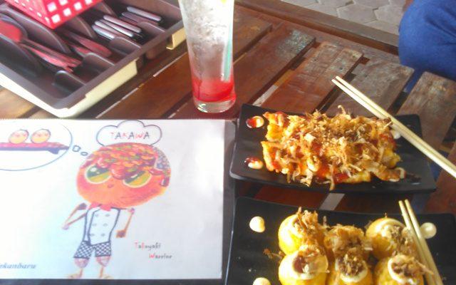 Nikmatnya Takoyaki dan Okonomiyaki ala Takawa Food and Drink