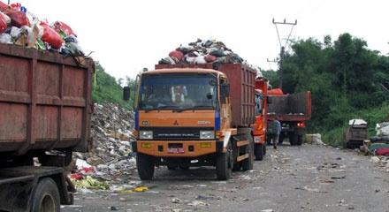 Serahkan Pengelolaan Sampah di Empat Kecamatan, DKP: Ini Permainan Objek