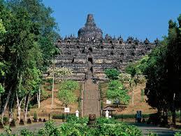 Hah, Candi Borobudur Peninggalan Alien?