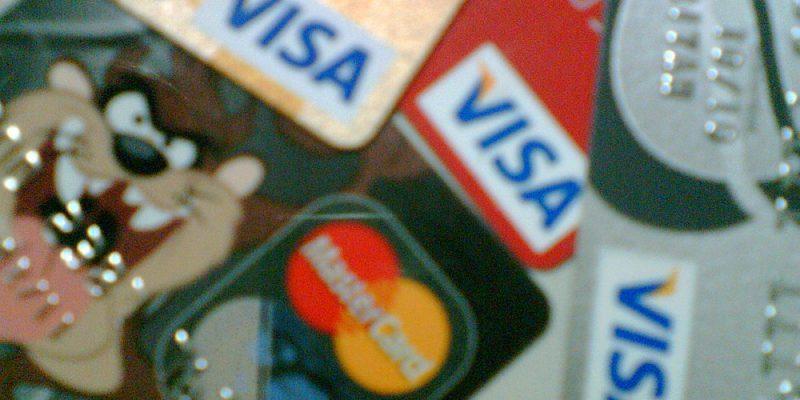 5 Tips Cerdas Gunakan Kartu Kredit
