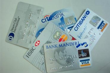 Cermat Berkartu Kredit di Musim Diskon