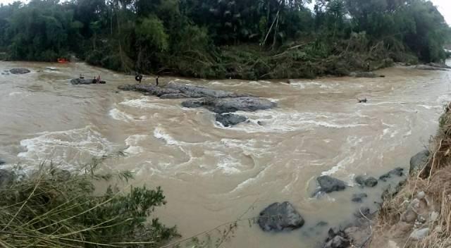 Terseret 1,5 KM, Ada Dua Kaki Mengapung di Batang Maek