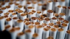 Kalau Tidak Mahal, Sebaiknya Pabrik Rokok Ditutup