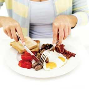 Terapkan Pola Hidup Sehat dengan Biasakan Sarapan