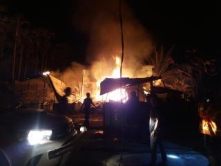 Rumah Kasi Binmas Satpol PP  Bengkalis Ludes Dilahap Si Jago Merah
