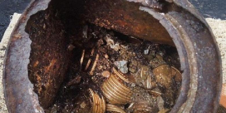 Kaya Mendadak Setelah Temukan Koin Emas