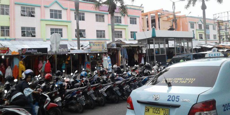 Hari Ketiga Ramadan, Pasar Sukaramai Pekanbaru Ramai Pengunjung