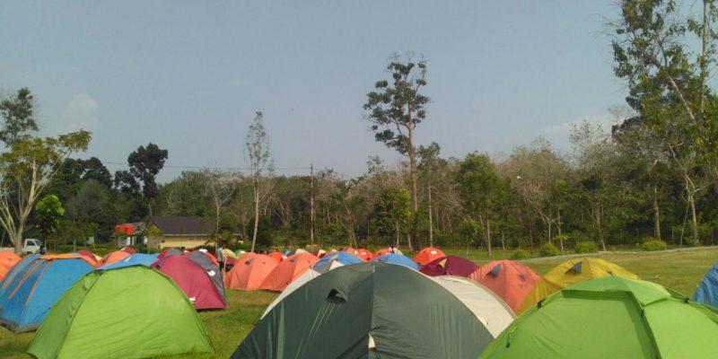 Sebelum ke Suku Pedalaman Kabupaten Siak,  Ratusan Dokter Bercamping di Bumper Tengku Buang Asmara