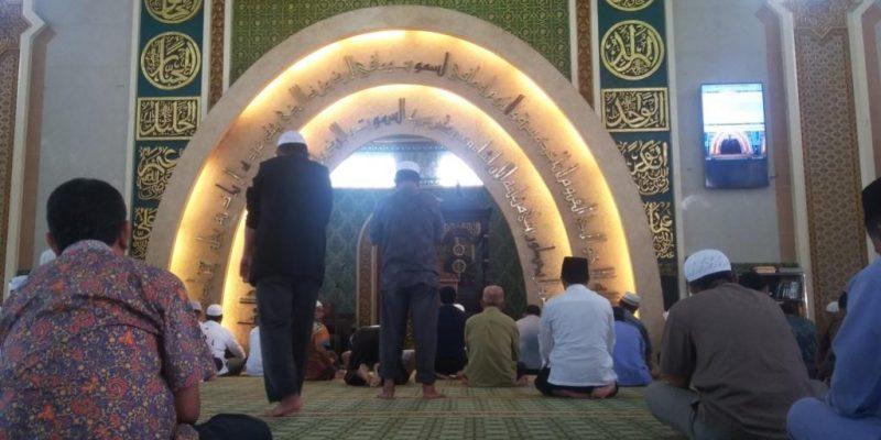 Mantan Menteri Agama Bertindak Sebagai Khatib Jumat di Masjid Agung Ar Rahman Pekanbaru