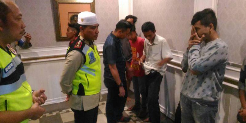 Razia Cipkon Malam Ramadan, Polresta Pekanbaru Ciduk 28 Orang di Hotel Holiday