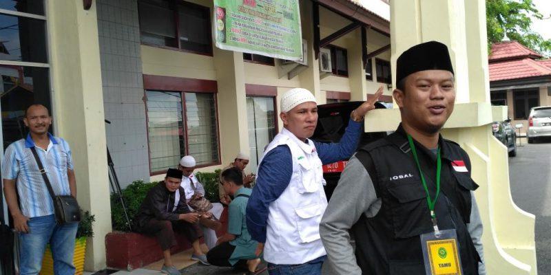 Sidang Kedua Penistaan Agama, Tim TPM dan FPI Datangi PN Pekanbaru