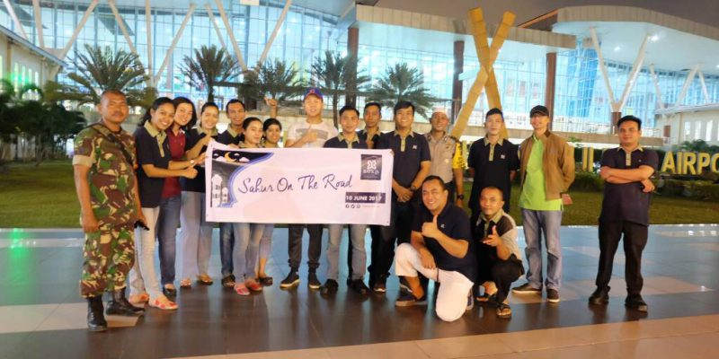 Sahur On The Road, Batiqa Hotel Pekanbaru Bagikan 100 Nasi Kotak