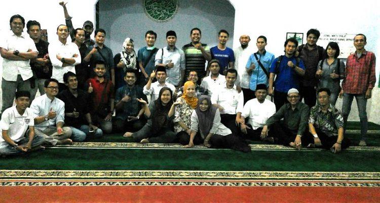 Sederhana dan Penuh Kekeluargaan, BBKSDA Riau Buka Bersama Dengan Insan Pers