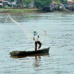 """COVID-19: Corona """"Menampar"""" Ekonomi Nelayan, Pemda Bisa Apa?"""
