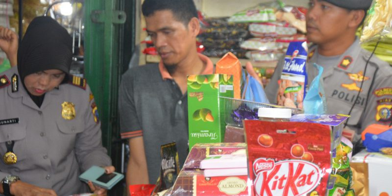 Pastikan Aman, Satgas Polresta Sidak Importir Makanan di Pasar Bawah