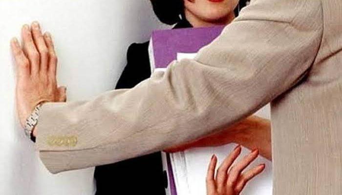 Survei Membuktikan Pelecehan Seksual Kerap Terjadi di Bus