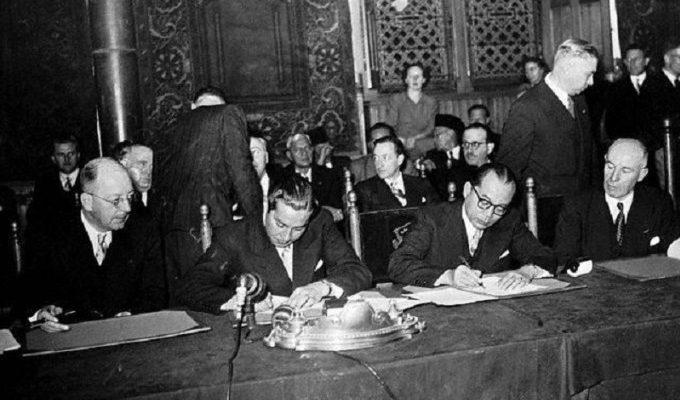 Catatan Sejarah 27 Desember: Penyerahan Kedaulatan Belanda Kepada RIS