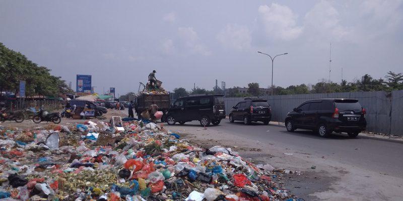 Keterbatasan Armada, Pemko Pilih Gunakan Pihak Ketiga Tangani Persoalan Sampah di Zona III