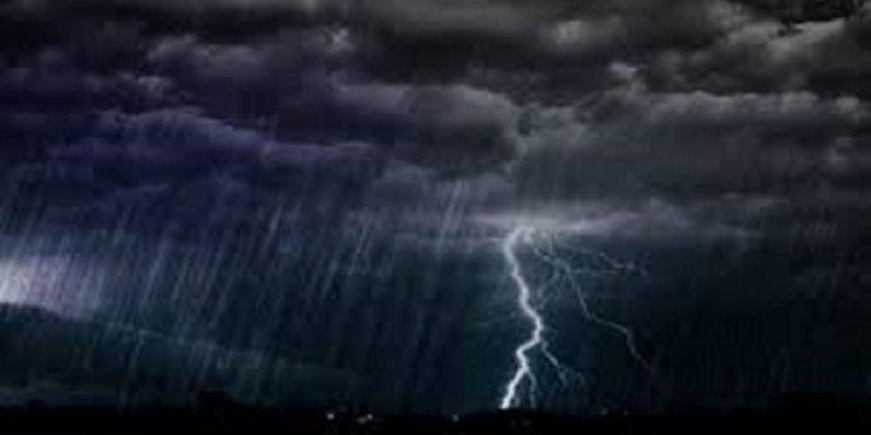 BMKG Keluarkan Peringatan Dini, Waspada Hujan Lebat, Petir dan Angin Kencang Malam Ini