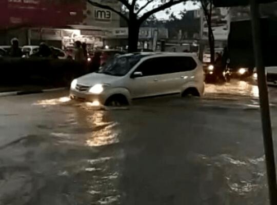 Ini Jalan di Pekanbaru yang Harus Dihindari Saat Hujan Lebat