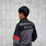 Fashion Aneh Orang Indonesia: Pakai Jaket Siang Hari