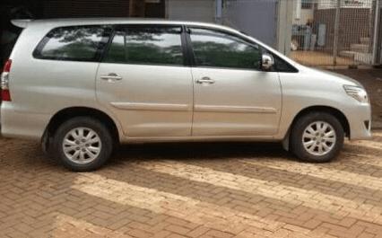 Harga Mobil Bekas Kijang Innova G Bensin Tahun 2013
