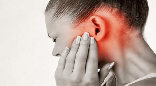Begini Cara Mudah Keluarkan Semut dari Lubang Telinga