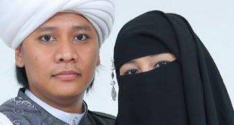 Punya 11 Perusahaan dan Pesantren, Ini Alasan Sang Istri yang Mengantar Suaminya Nikah Lagi