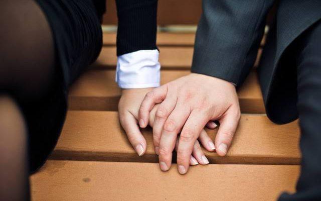 Tren Cinta Bersemi di Satu Organisasi, Survei Membuktikan Cinlok Itu Mengenangkan