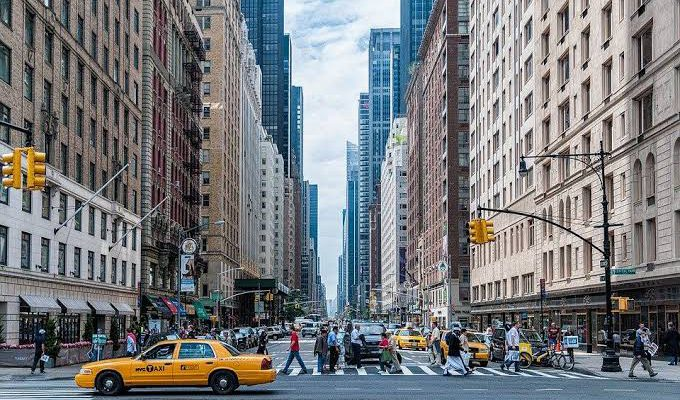 Sebaiknya New York Dikarantina