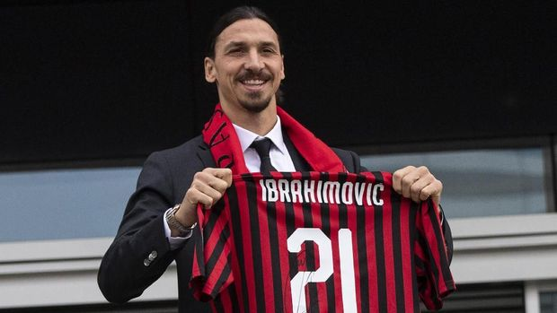 Ibrahimovic Bakal Tinggalkan AC Milan