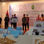 BMPD Riau Sumbang 320 APD ke Gugus Tugas untuk Bantu Tangani Corona