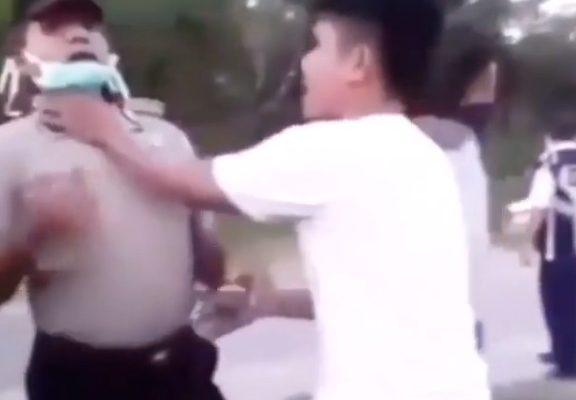 Ditegur, Pria Ini Malah Nantang Hingga Cekik Leher Polisi