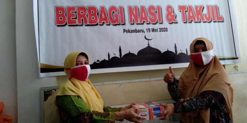 Berikan 423 Paket Sembako, PW Aisyiyah Riau Sapa Guru PAUD dan TK Binaan di Riau