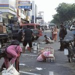 Para Pedagang yang Buka Lapak di Sudirman dan A Yani Pekanbaru Ditertibkan