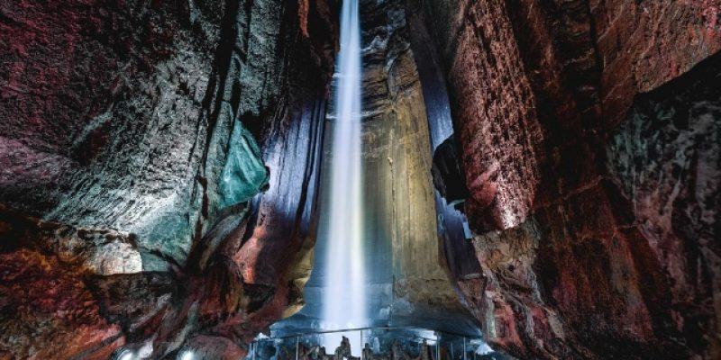 Menakjubkan, Air Terjun ini Berada 1.120 Meter di Bawah Perut Bumi