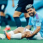 Cedera Lutut Kiri, Aguero Diperiksa di Barcelona